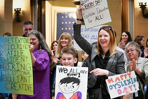 Minnesota parents lobby for kids at 'Dyslexia Day' at State Capitol